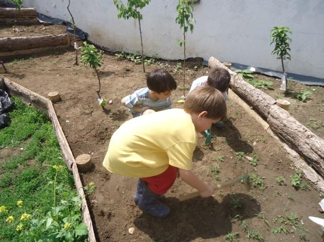 deca u bašti, povratak prirodi